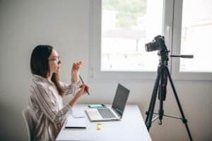 Video Tripod vs Photo Tripod: Is there a Difference?